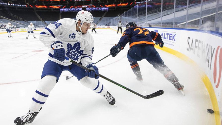 Шайба Михеева помогла 'Торонто' разгромить 'Эдмонтон' в игре НХЛ