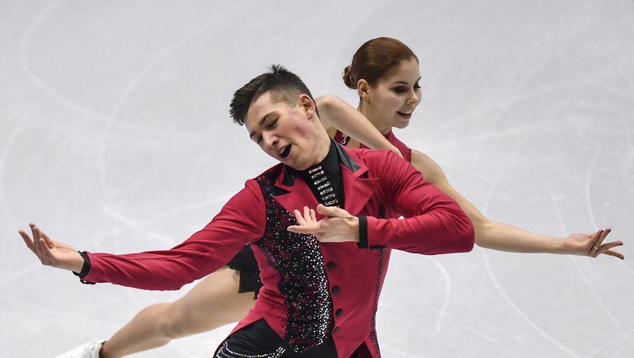 Россияне Мишина и Галямов заняли первое место в соревновании спортивных пар на ЧМ