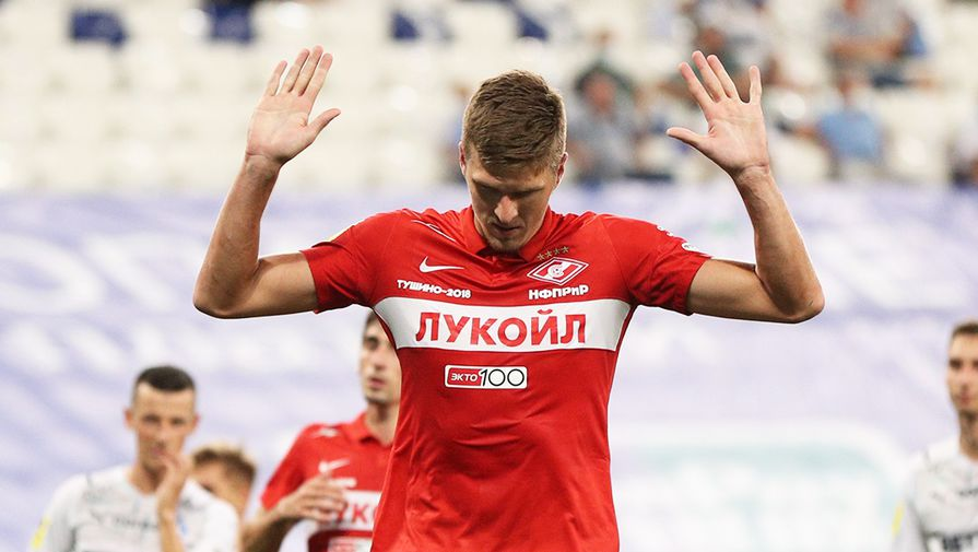Футбольный агент рассказал, почему Соболеву увеличили зарплату по новому контракту