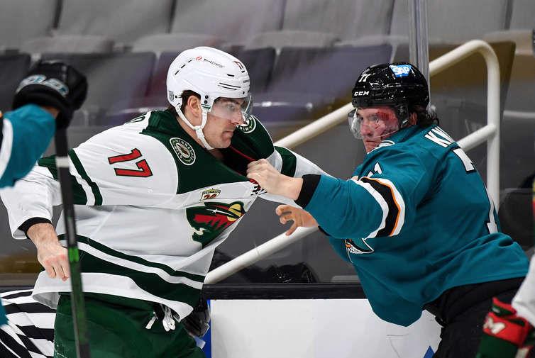 Российский защитник 'Сан-Хосе' Кныжов забросил первую шайбу в НХЛ