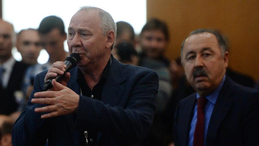 Романцев заявил, что Карпин берет сборную, которая находится в яме