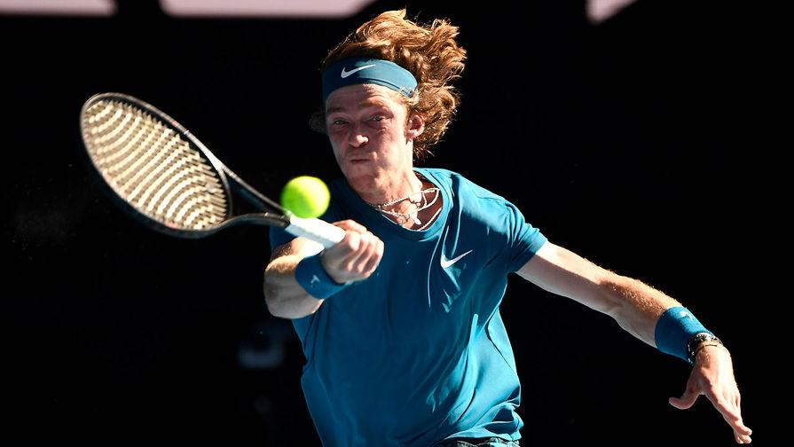 Андрей Рублев вышел в полуфинал теннисного турнира в Майами