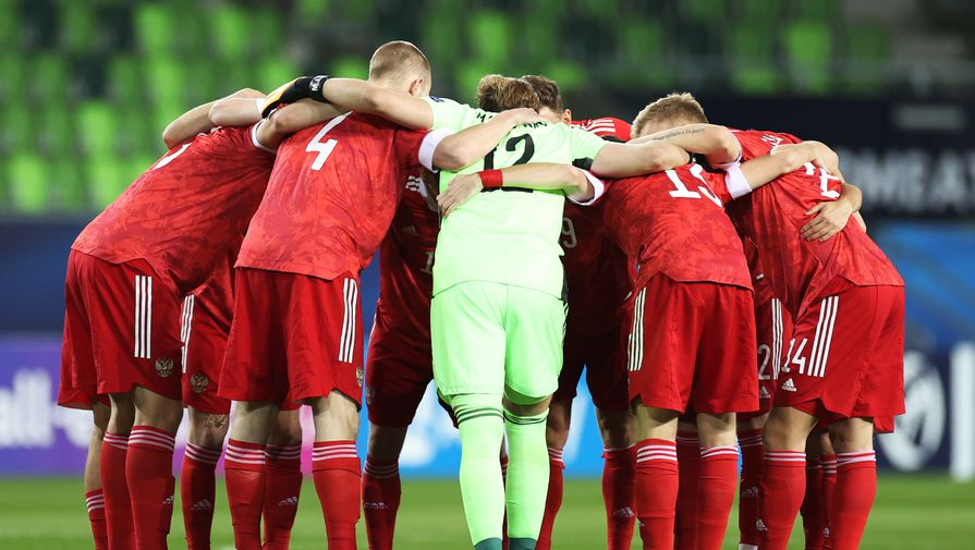 Сборная России пропустила два мяча от датчан в первые 11 минут матча