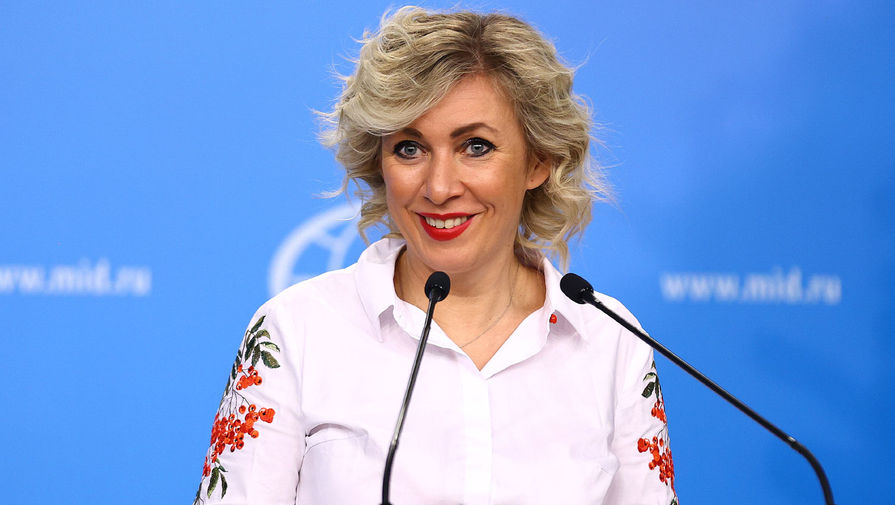Захарова заявила, что вопрос с аккредитацией Арустамяна решается
