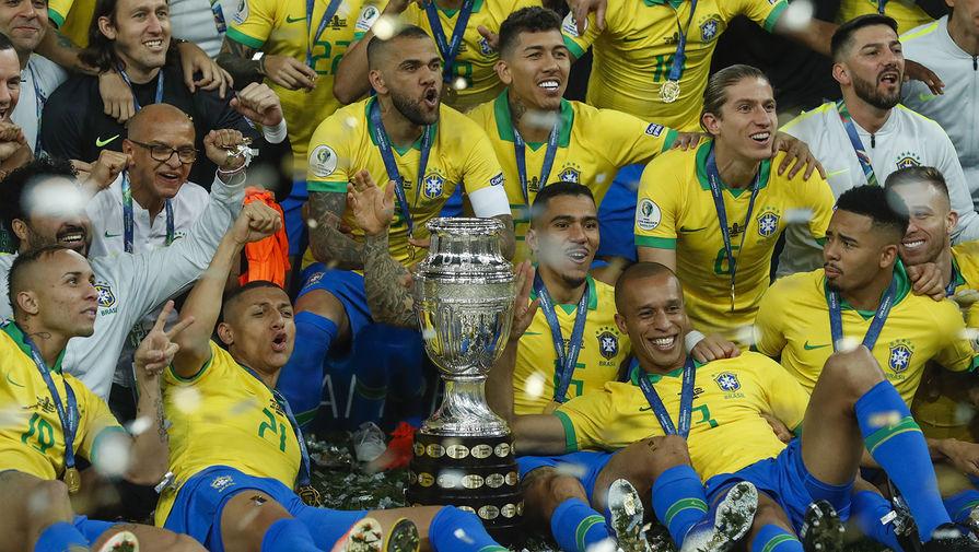 Главу Федерации футбола Бразилии обвиняют в сексуальных домогательства