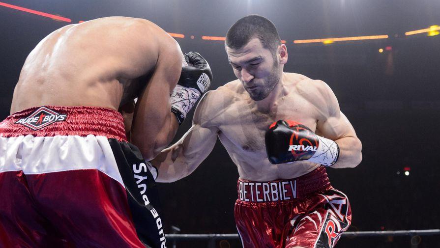 Боксер Бетербиев поделился эмоциями от победы над Дейнесом