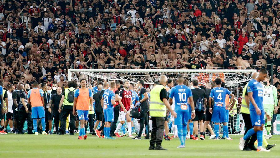 Мэр Марселя обратился к футболистам клуба после нападения фанатов