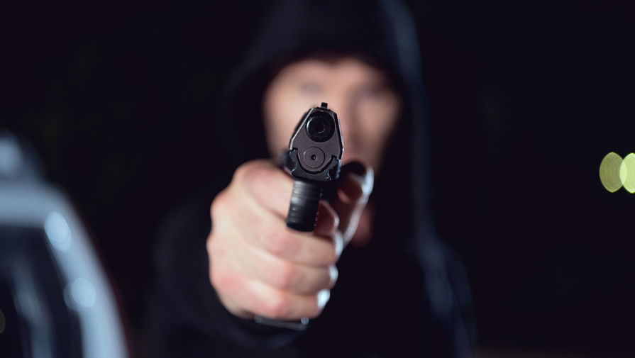 Футболиста застрелили во время матча в Марселе
