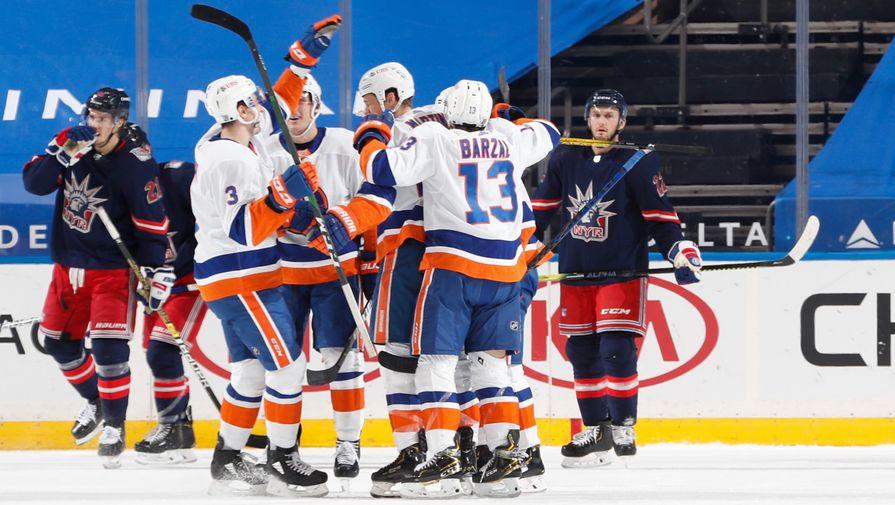 'Айлендерс' разгромил 'Бостон' в шестом матче серии плей-офф НХЛ