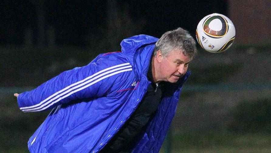 Сборная России отреагировала на решение Хиддинка завершить карьеру