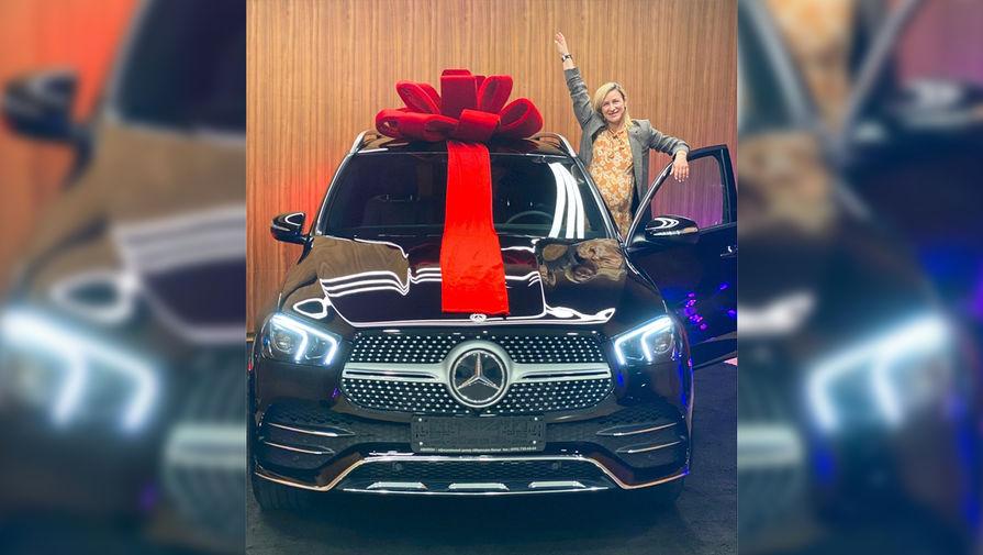 Траньков подарил Волосожар на день рождения машину за 6 млн рублей