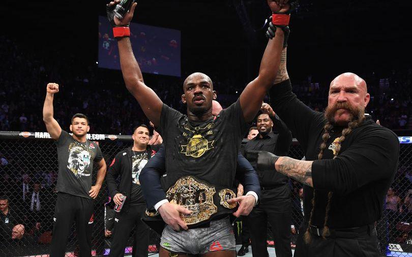 Боец UFC Джонс поставил под сомнение достижения Хабиба в ММА