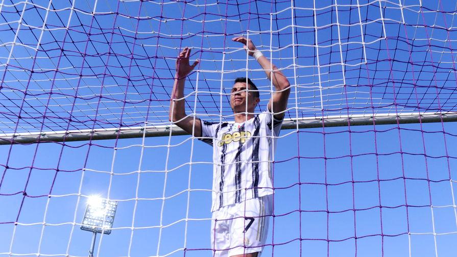Руководство 'Ювентуса' попросило футболистов пойти на отсрочку зарплаты