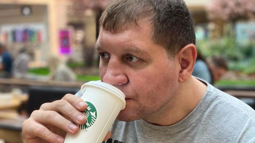 Емельяненко объяснил, почему отказался от алкоголя
