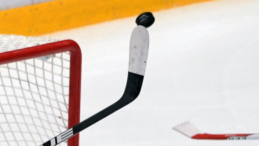 'Металлург' обыграл 'Авангард' в первом матче серии плей-офф КХЛ