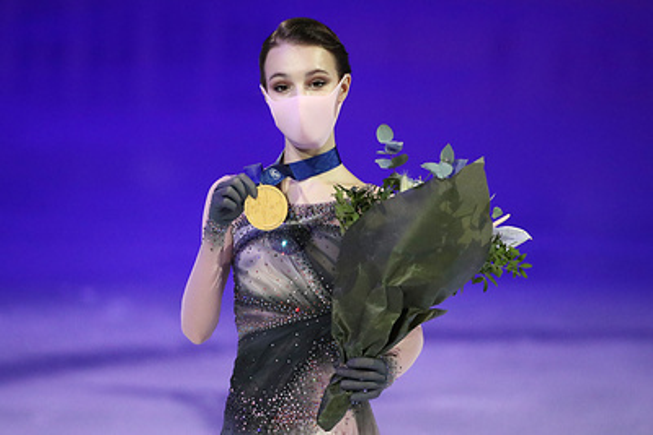 Щербакова заявила, что ей не хватило гимна России на церемонии награждения