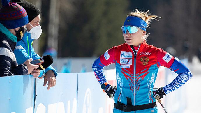 Павлова снялась с гонки преследования на чемпионате России