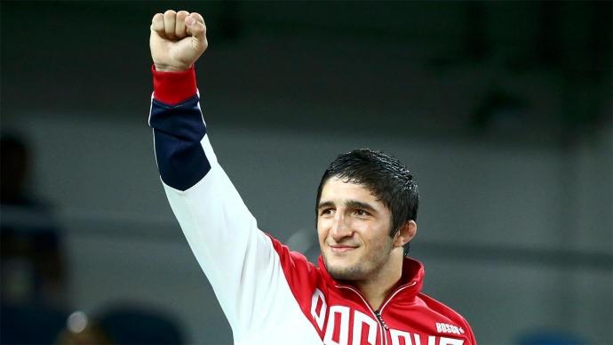 Поздняков сообщил, что Садулаев может быть знаменосцем команды России на закрытии Игр