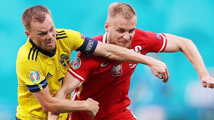 Дубль Левандовского не помог Польше обыграть шведов на Евро