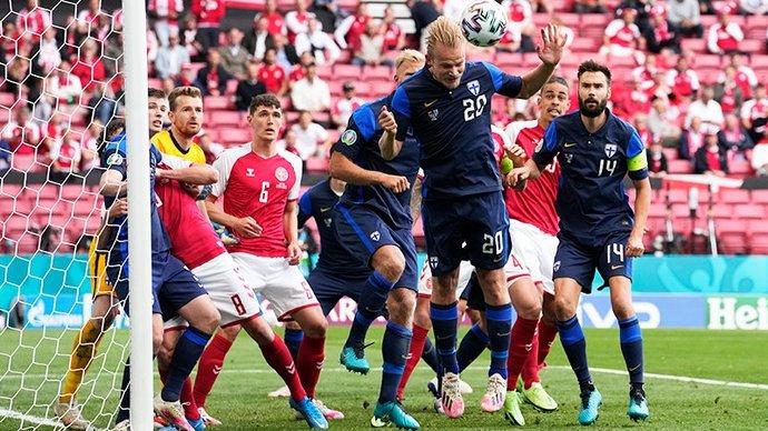 Тренер сборной Дании: «Все игроки согласились продолжить матч с Финляндией сегодня»