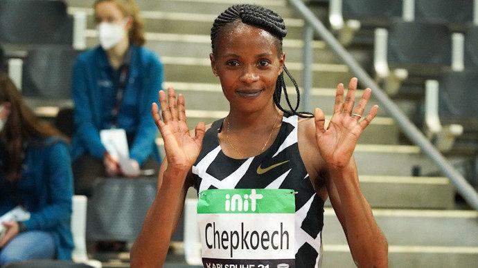 Кенийка Чепкоэч установила новый мировой рекорд в беге на 5 км