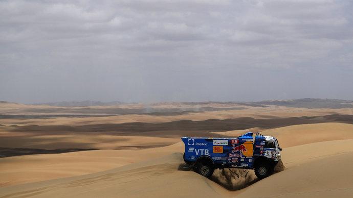Сотников — победитель 4-го этапа «Дакара», Каргинов — второй