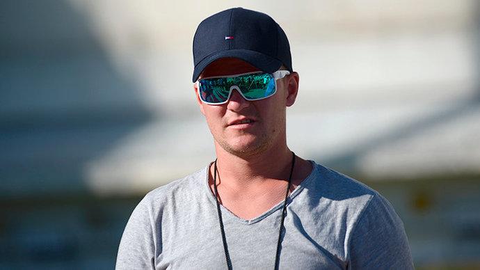 Тренера мужской сборной России Истомина забрали в армию перед стартом сезона