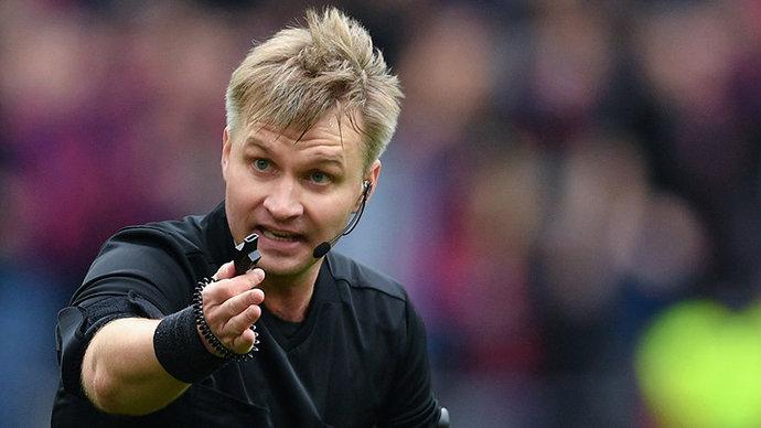 СМИ узнали причину отстранения Лапочкина от футбольной деятельности
