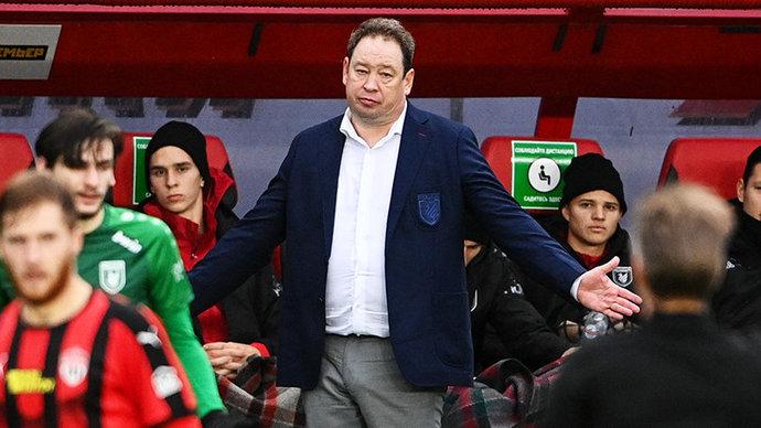 Слуцкий пожаловался на судейство после поражения от «Химок» в РПЛ