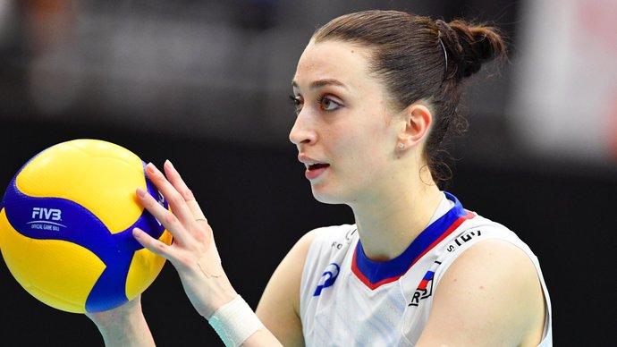Женская сборная России в четырех сетах уступила США в Лиге наций
