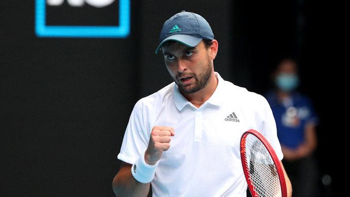 Карацев стал первым полуфиналистом своего дебютного Australian Open