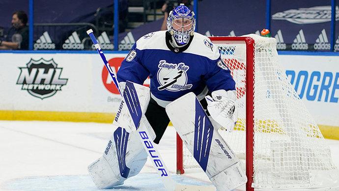 Василевский признан первой звездой матча «Айлендерс» — «Тампа». Голкипер установил рекорд НХЛ среди российских вратарей