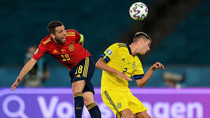 Испания и Швеция сыграли вничью на чемпионате Европы