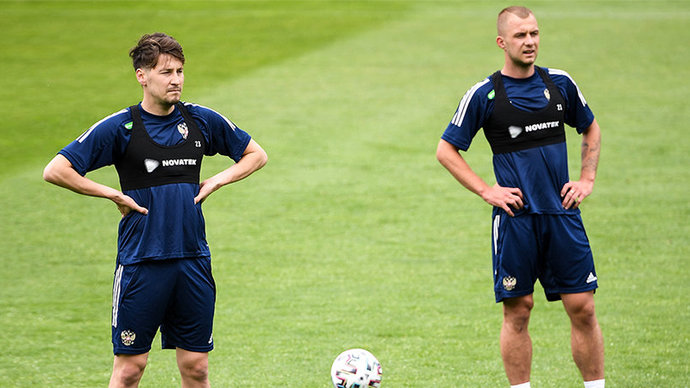 Жирков, Головин и Баринов выйдут с первых минут в матче с Болгарией