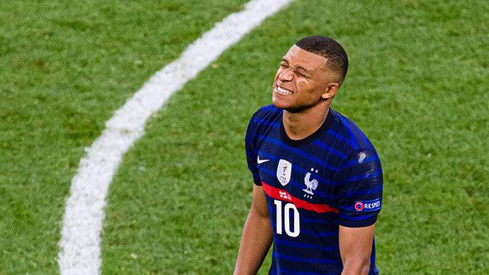 Более 200 тысяч человек подписали петицию за переигровку матча Франция – Швейцария