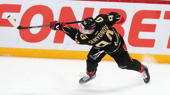 Семенов пропускает матч «Авангарда» впервые с 2017 года. Прервалась рекордная для КХЛ серия