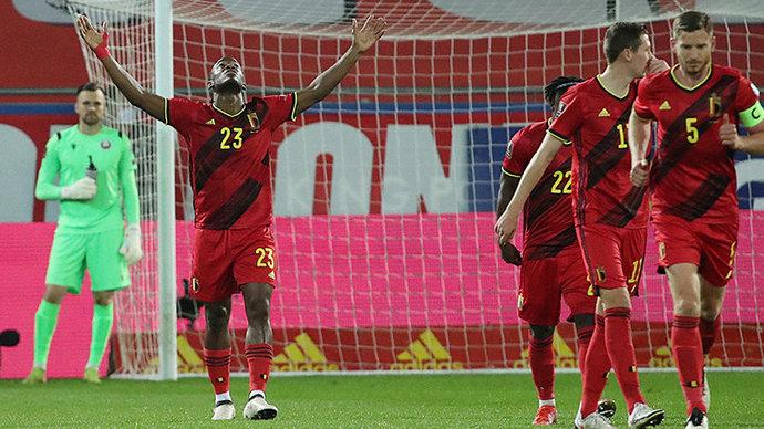 Бельгия забила 8 голов Белоруссии, Роналду помог Португалии обыграть Люксембург