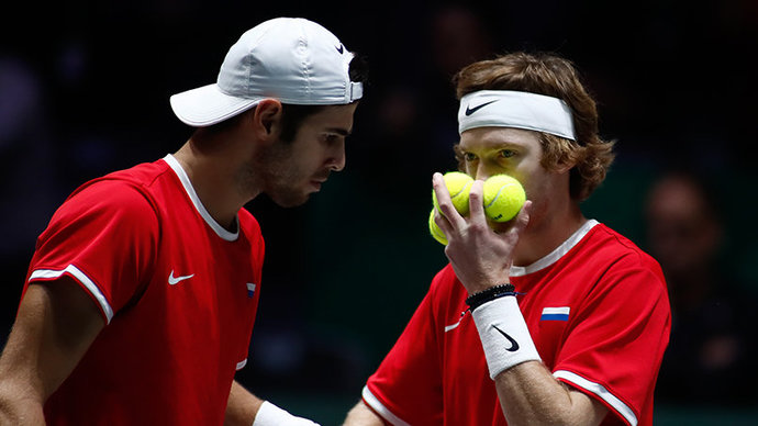 Хачанов и Рублев проиграли на старте парного турнира в Токио