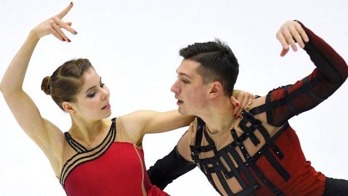 Дебютанты ЧМ Мишина и Галлямов принесли России золото в соревнованиях спортивных пар