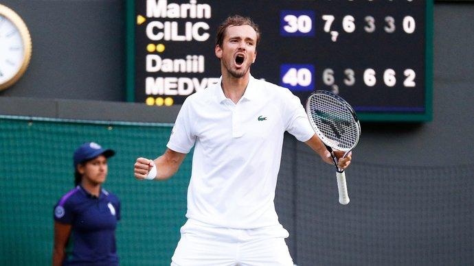 Медведев сохранил третье место в чемпионской гонке ATP