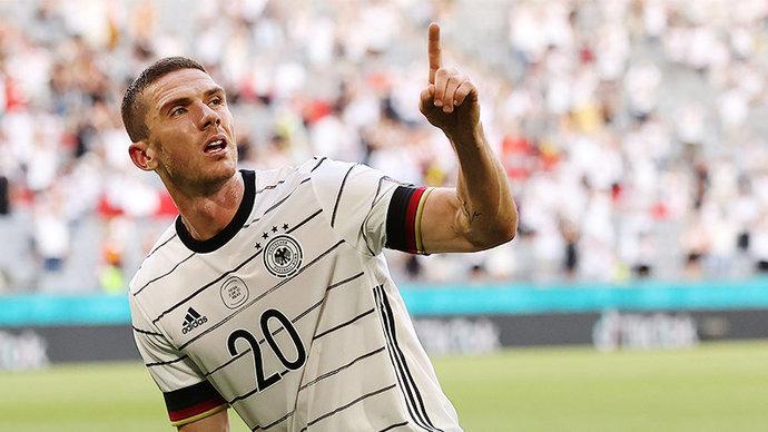 Гозенс и Хаверц — в старте сборной Германии на матч с Венгрией