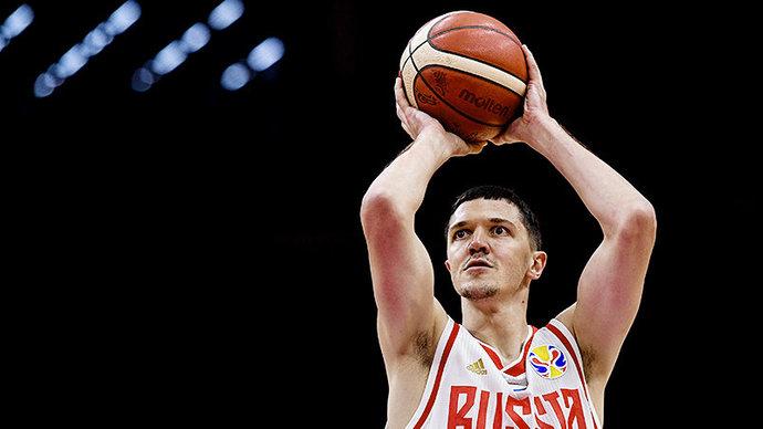 Антонов и Боломбой покинули расположение сборной России и вернулись в ЦСКА