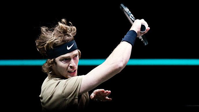 Рублев обыграл Хачанова в первом круге турнира в Галле