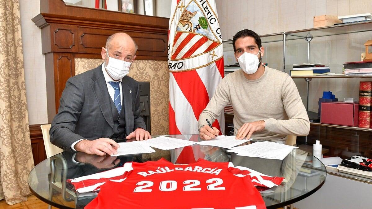 Рауль Гарсия продлил контракт с «Атлетиком» до 2022 года