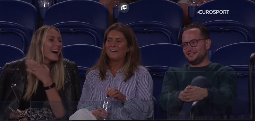 Джоковичу кричали «Вперед, Рафа!» во время матча с Фрицом