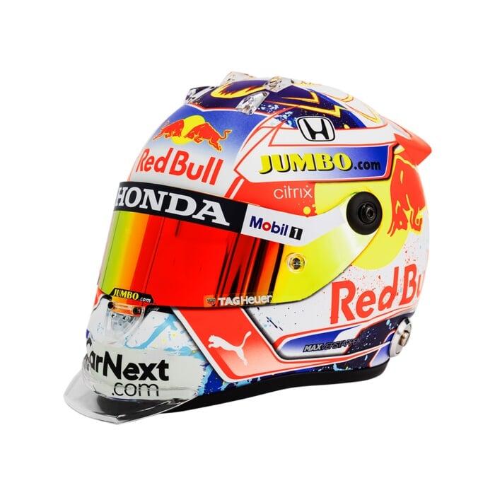 Ферстаппен представил шлем в цветах флага Нидерландов