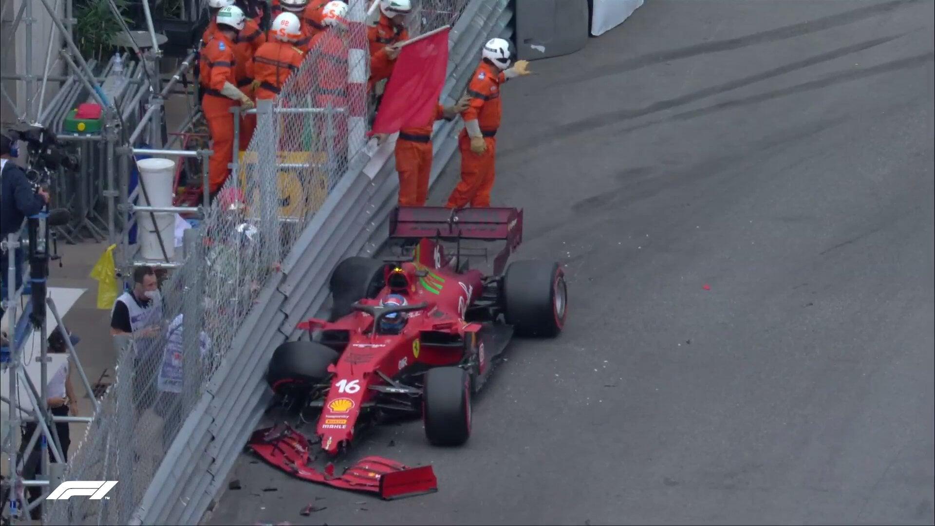 Леклер выиграл квалификацию в Монако и разбил болид