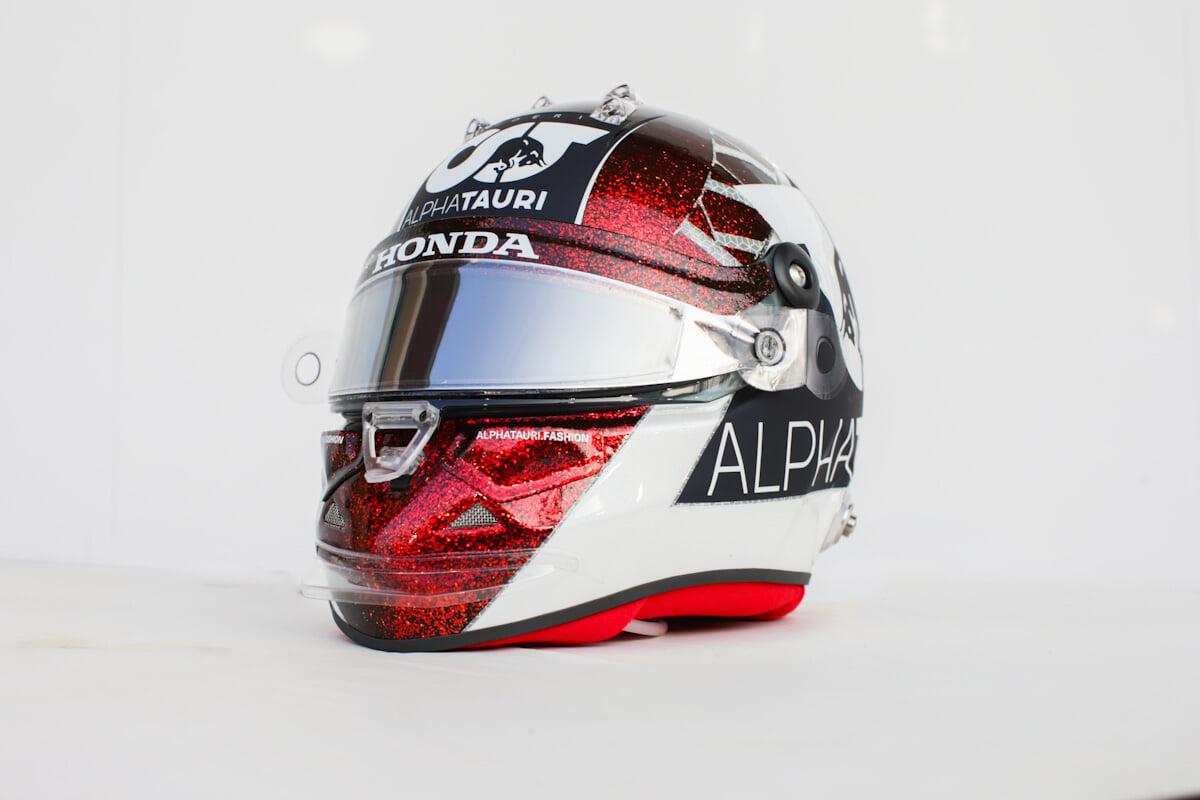 Квят представил специальный шлем для последней гонки в «Ф-1» в 2020 году