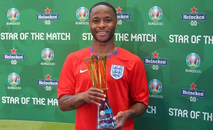 Стерлинг стал игроком матча Англия – Хорватия. Он забил победный гол