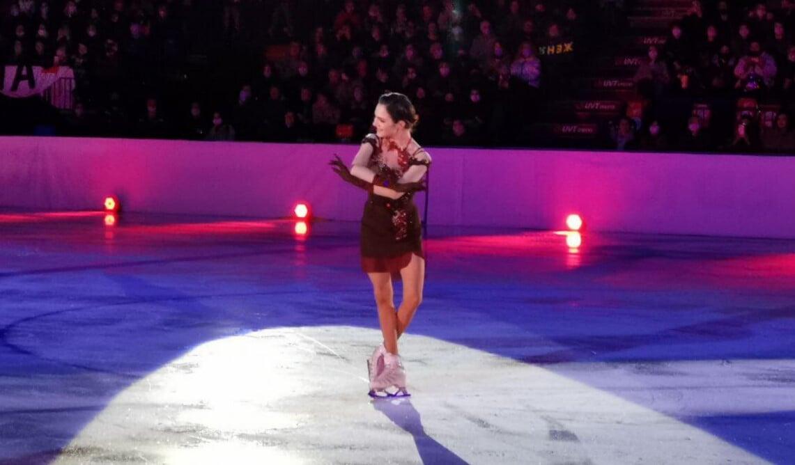 Медведева выступила на шоу Тутберидзе с олимпийской программой «Анна Каренина»